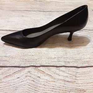 Stuart weitzman black kitten heels sz 6.5